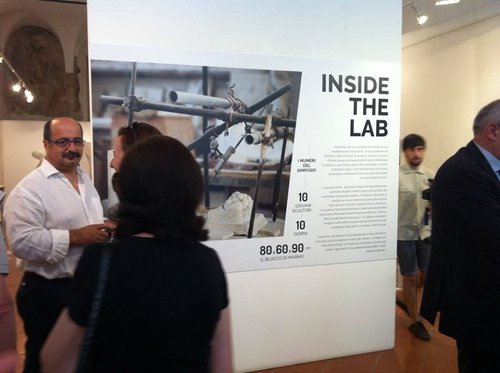 Allestimento mostra Inside the Lab